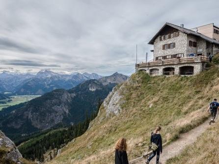Berghütten haben selten Steckdosen für alle