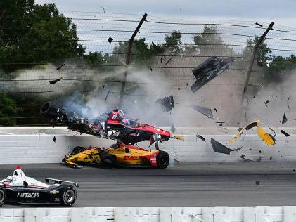 IndyCar: Ein Jahr nach dem Crash Wickens kämpft sich ins Leben zurück
