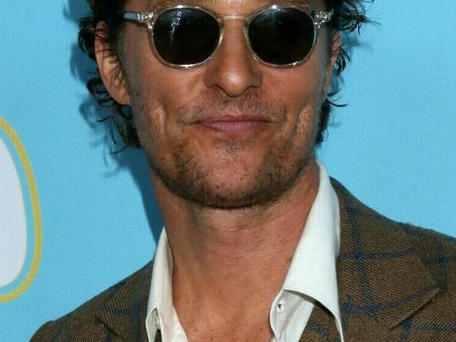Matthew McConaughey und Hugh Grant: Warum sie bald Stiefgeschwister werden könnten