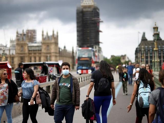 """""""Freedom Day"""": England hebt heute fast alle Maßnahmen auf, Johnson in Quarantäne"""