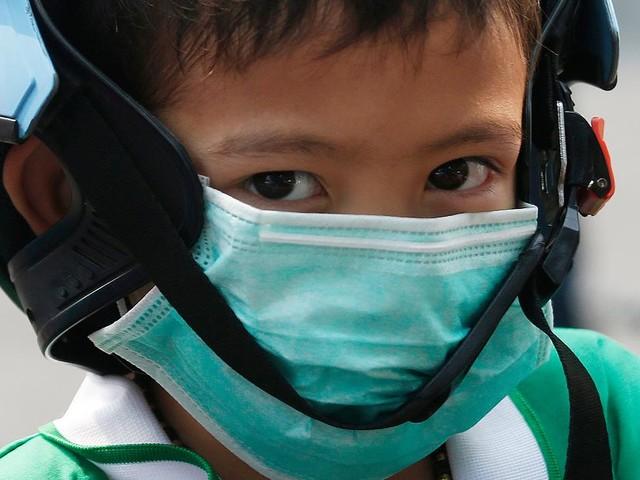 """Bericht von UN und WHO - """"Unsere Welt brennt"""": Kinder leiden weltweit unter Armut, Klimawandel und Kommerz"""