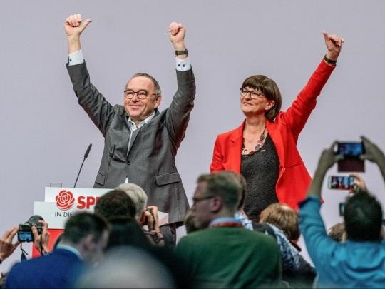 SPD-Bundesparteitag - Leitantrag gebilligt, sofortiges Groko-Aus abgelehnt