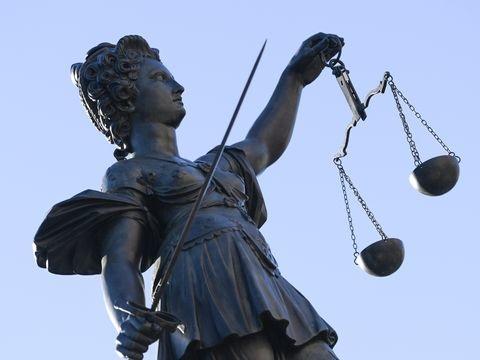 Mainz: Baby geschüttelt? – Landgericht spricht Angeklagten frei