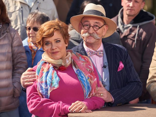 """""""Bares für Rares"""": Muriel Baumeister verschätzt sich bei Familienerbstück"""