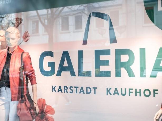 Warenhäuser: Karstadt/Kaufhof will weniger Stellen in Filialen streichen