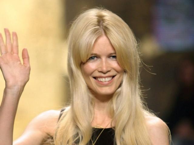 """Millionen Menschen inspiriert"": Claudia Schiffer bekommt eigene Barbie"