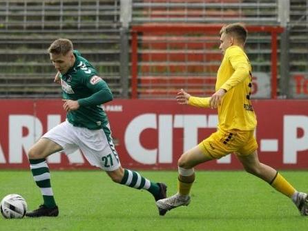 Auch Alexander Schmitt wird dem VfB Lübeck lange fehlen