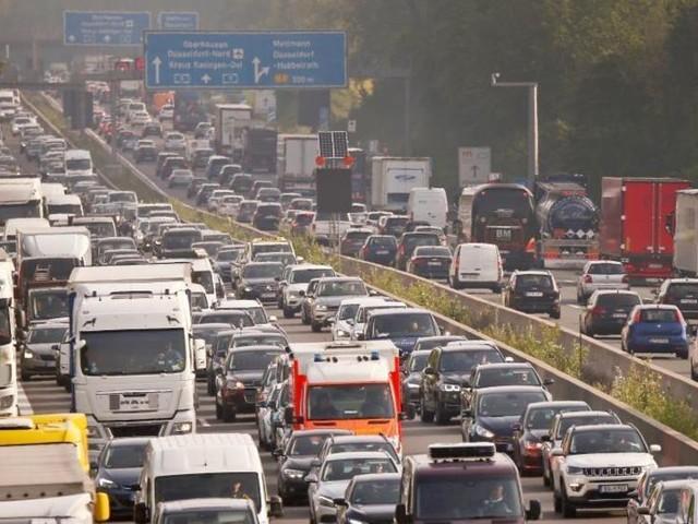 Opposition wirft Koalition verfehlte Verkehrspolitik vor