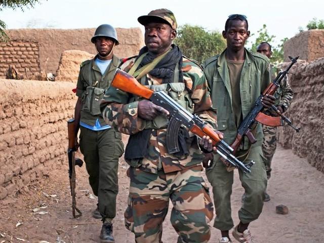 Mindestens 19 Tote bei Angriff auf Armeeposten in Mali