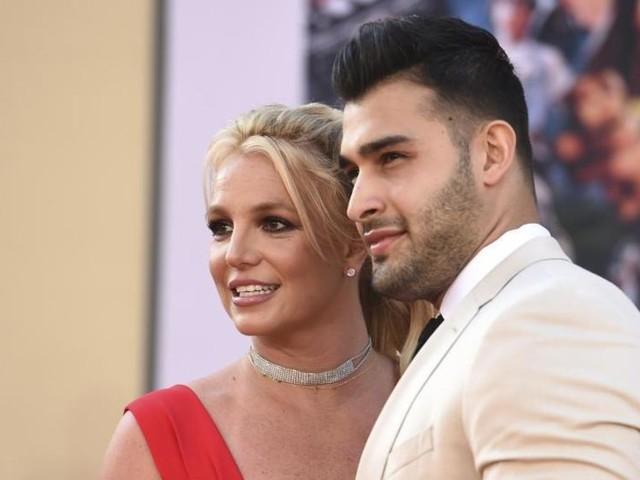 Britney Spears gibt Verlobung mit Sam Asghari bekannt