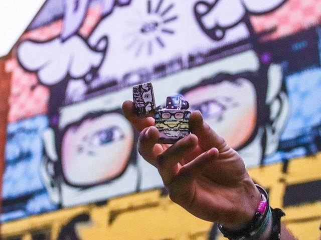 Limited Street Art Edition: Zippo kooperiert mit D*Face,Tristan Eaton, Marija Tiurina und Pref zum London Mural Festival