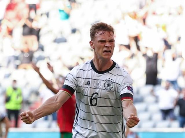 Nationalmannschaft: Erste EM-Party: DFB-Elf feiert 4:2 gegen Portugal