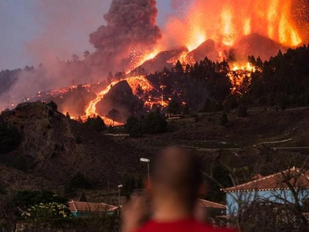 Kanaren-Urlaub: Vulkanausbruch auf Kanaren: Was Reisende jetzt wissen müssen