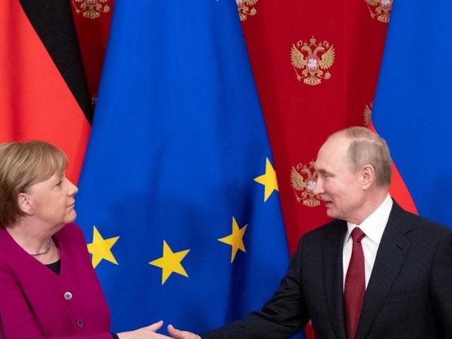 Merkel mahnt Putin im Ukraine-Konflikt zur Zurückhaltung