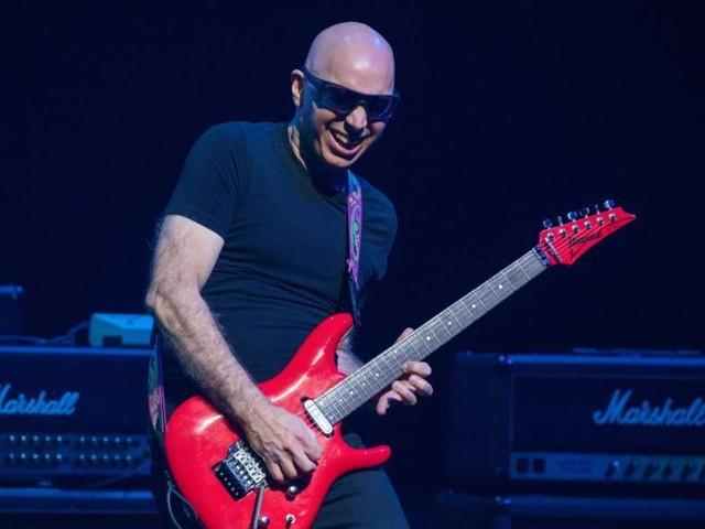 "Joe Satriani bringt neues Album heraus – ""Shapeshifting"""