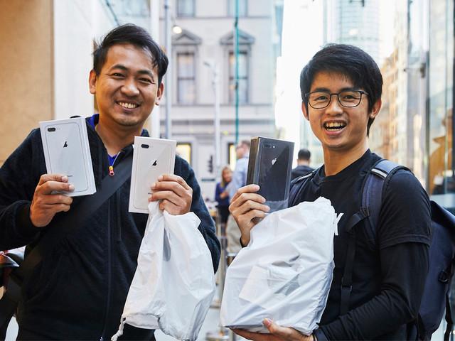 iPhone 8: Verkaufsstart hat begonnen – erste Geräte werden ausgeliefert