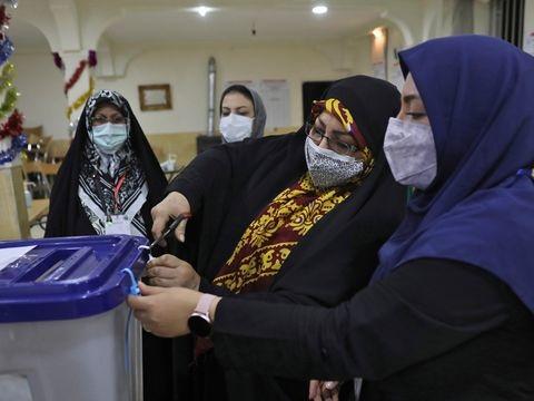 Iran: Präsidentenwahl im Iran beendet - Machtwechsel erwartet