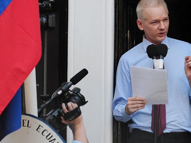 Wikileaks-Gründer Julian Assange verliert ecuadorianische Staatsbürgerschaft