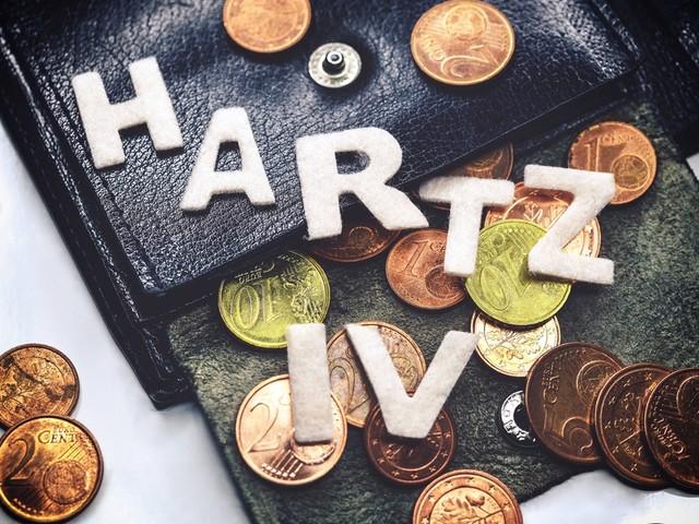 Armutsfalle: So viele Deutsche leben dauerhaft von Hartz IV!