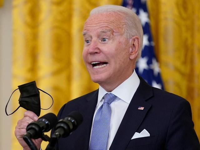 """Präsident Biden fleht sein Volk an - """"Bitte, bitte, lassen Sie sich impfen"""""""