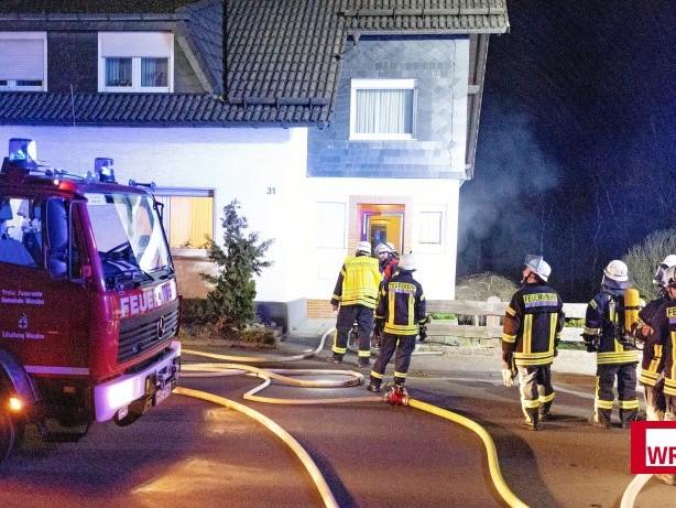 Brand: Brennender Wäschetrockner in Schönau löst Großeinsatz aus