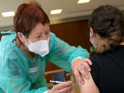 Hälfte aller Ungeimpften will sich nicht impfen lassen