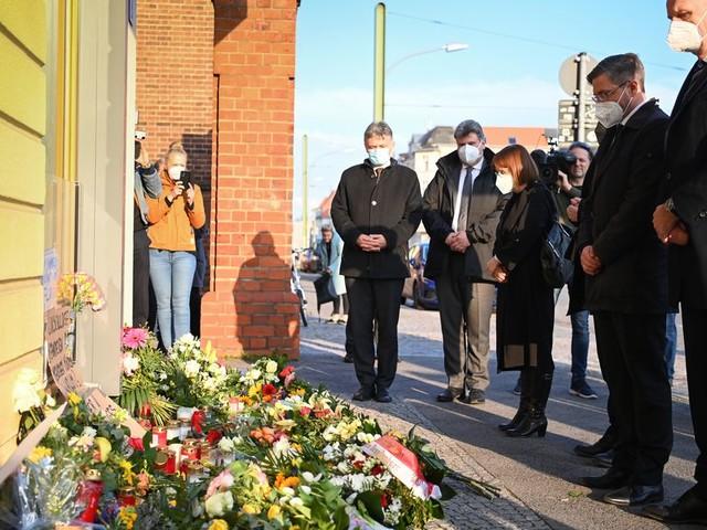 Schweigeminute und Andacht für die vier toten Heimbewohner