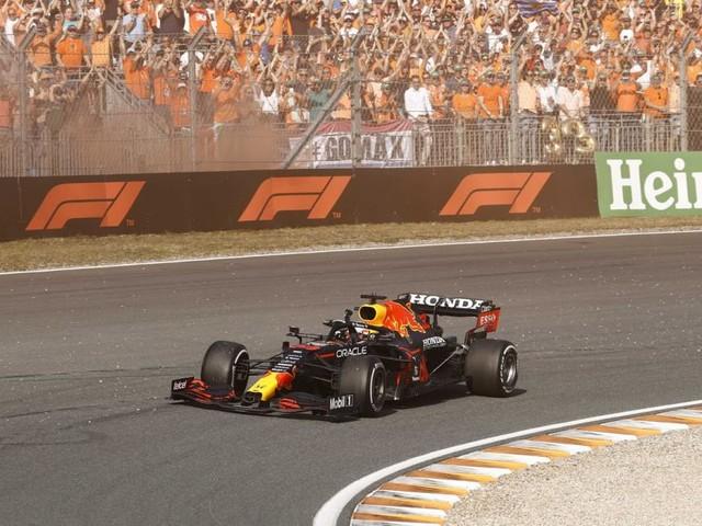 Max Verstappen umjubelter Sieger bei seinem Heimrennen