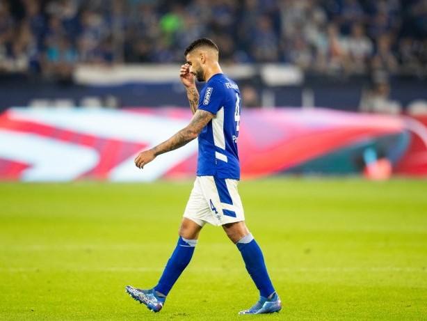 FC Schalke 04: Nach Rot gegen Schalkes Victor Pálsson: DFB gibt Strafmaß bekannt