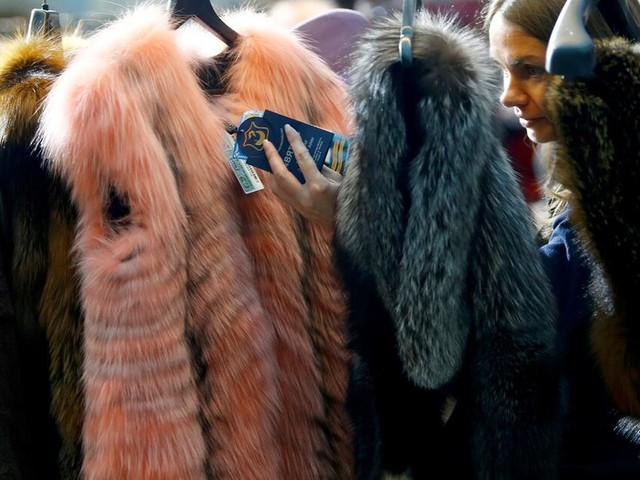 Luxusmarken Saint Laurent und Brioni sollen pelzfrei werden