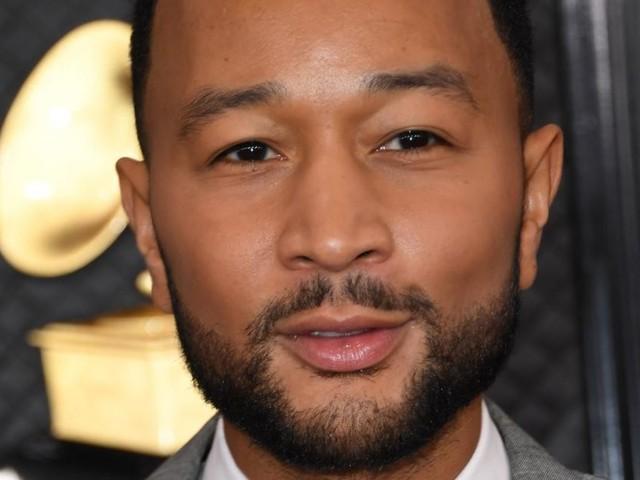 """Nach erlittener Fehlgeburt: John Legend ehrt Chrissy Teigen - """"werden nie zerbrechen"""""""