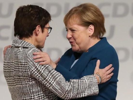 Annegret Kramp-Karrenbauer neue CDU-Vorsitzende nach Stichwahl mit Friedrich Merz
