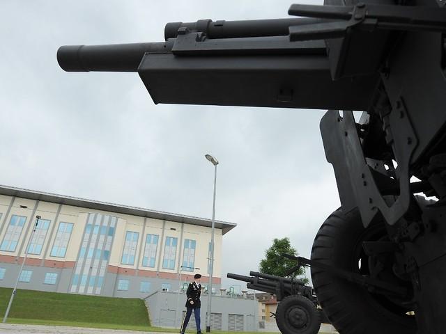 Habecks Bedingung für Koalition: Linke lehnt Bekenntnis zu Nato ab