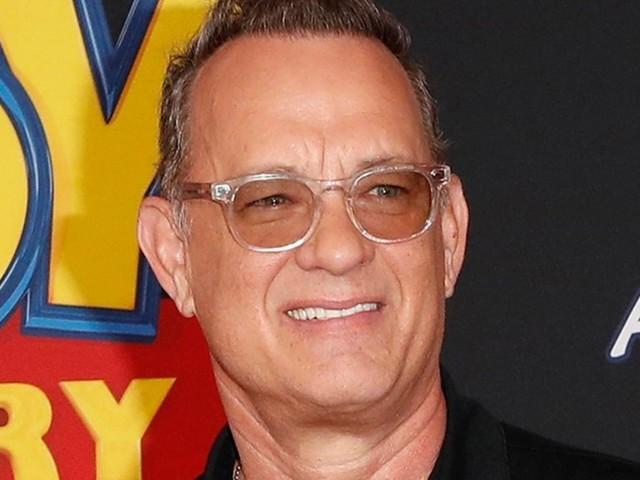 Tom Hanks: Oscar-Preisträger platzt in eine Strandhochzeit