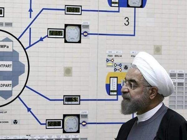 USA verhängen neue Sanktionen: Iran: Dritte Stufe des Ausstiegs aus Atomabkommen ab Freitag