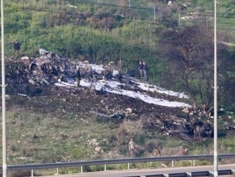 Syrien wert sich und schiesst israelischen Kampfjet ab