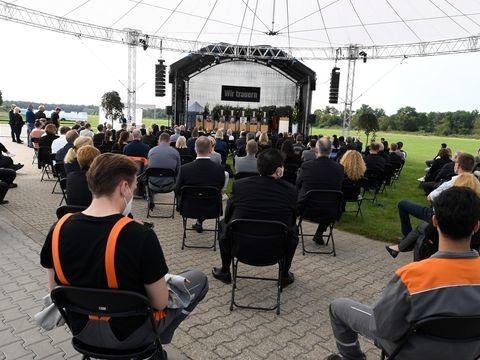 Unglücksfall: Bewegende Gedenkfeier für Opfer der Explosion in Leverkusen