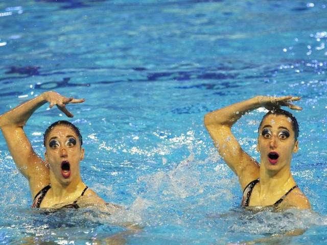 Die Alexandri-Schwestern sind beim olymischen Synchronschwimmen