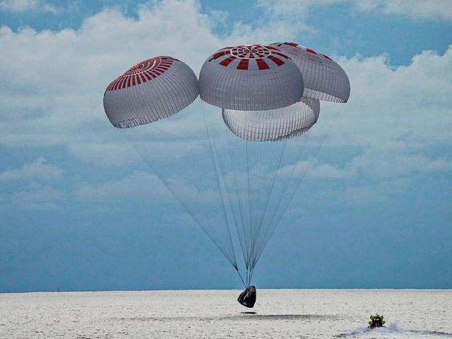 Drei Tage im All: SpaceX: Erste Weltraumtouristen wieder sicher auf der Erde gelandet