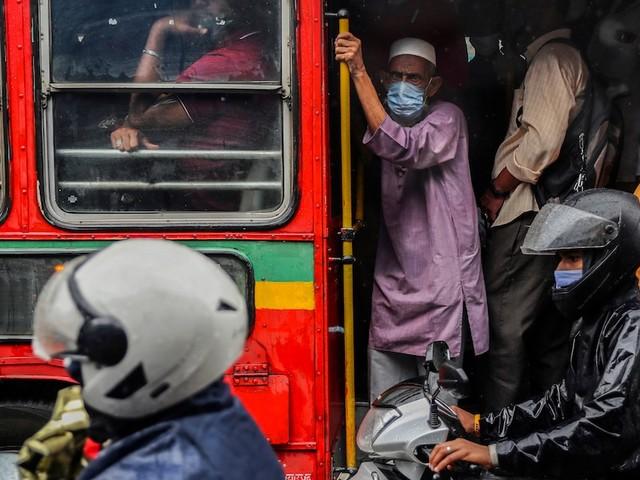 Übersterblichkeit - Pandemie in Indien fataler als gedacht? Studie geht von zehnfacher Toten-Zahl aus