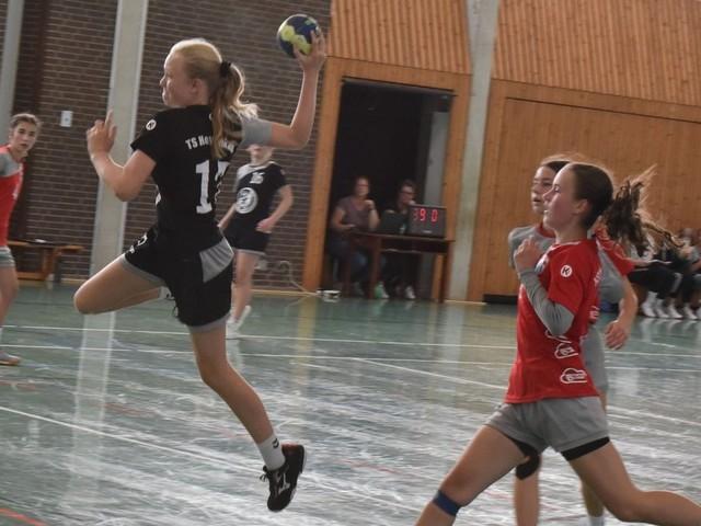 Auftakt nach Maß für die weibliche C-Jugend der TS Hoykenkamp