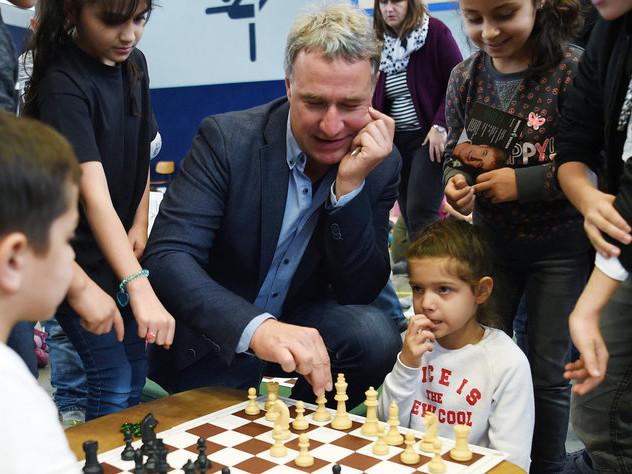 """Fußballer über Schach an Schulen: """"Schulische Leistungen verbessern"""""""