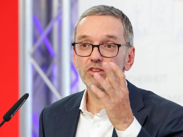 Corona in Deutschland | Politiker klagt gegen Behauptung, er sei heimlich geimpft