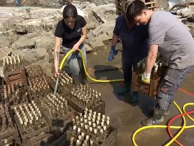Hochwasser: Weinproduzent im Ahrtal freut sich nach der Flutkatastrophe über Solidarität