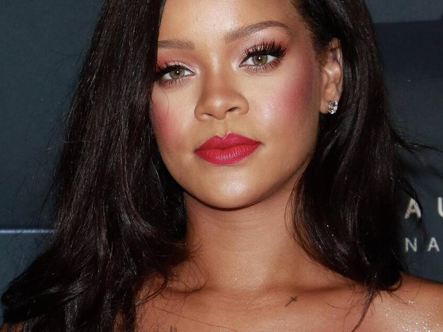 Knallharte Business-Frau: Rihanna will eigenen Vater verklagen