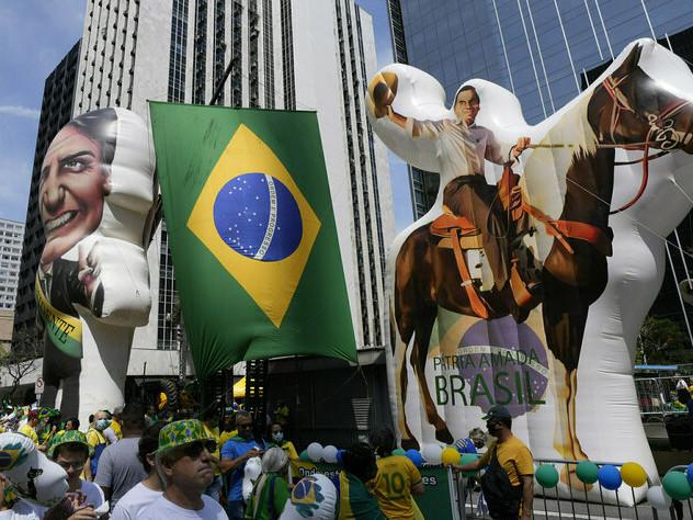 Brasiliens Präsident lässt demonstrieren: Für Bolsonaro auf der Straße