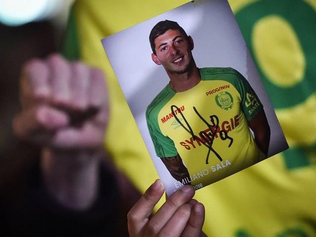 Vermisster Fußballer: Sala verschickte Sprachnachricht aus Flugzeug