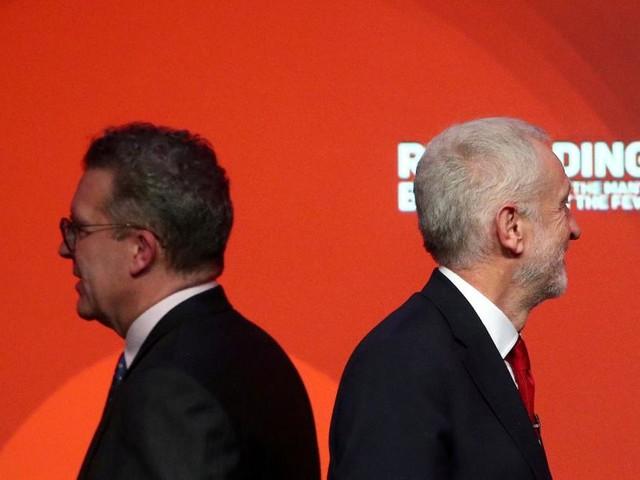 Brexit: Dicke Luft auch bei Labour