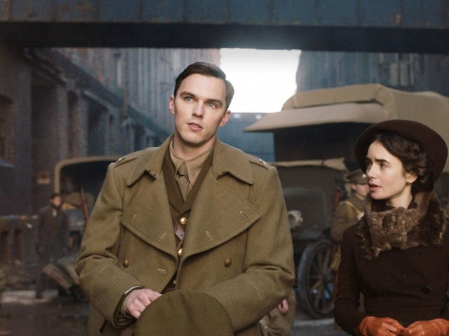 """Kinokritik zu """"Tolkien"""": Der Krieg türmt sich als Monster auf"""