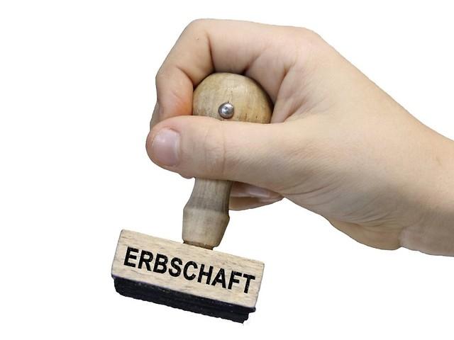 Bestimmte Erbteile verwalten: Was gilt für Ersatztestamentsvollstrecker?